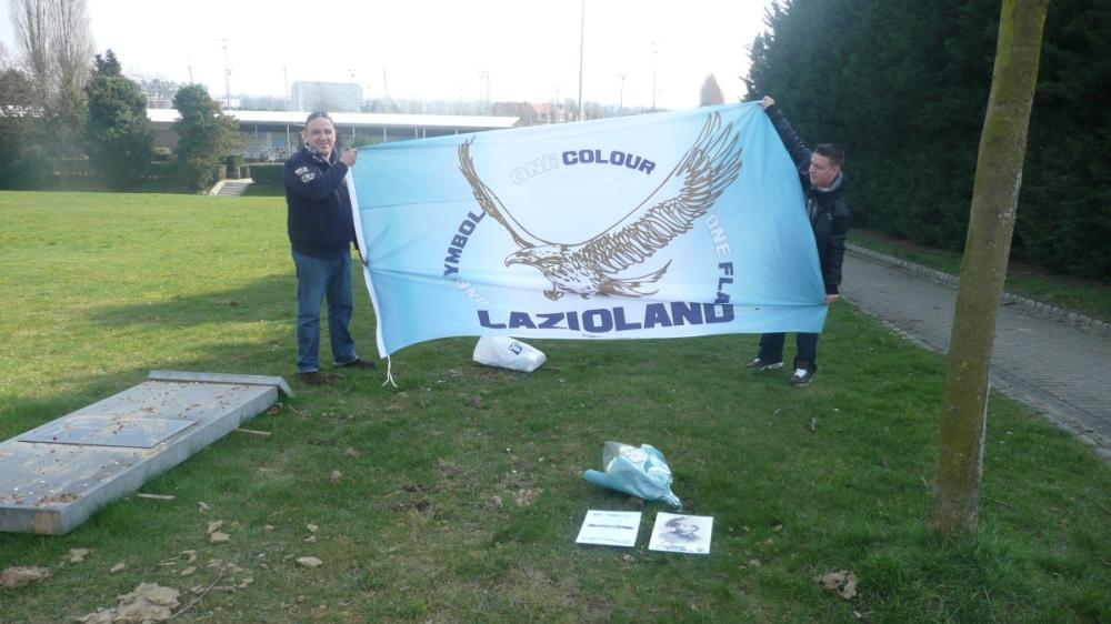 16-lazioland-flag1
