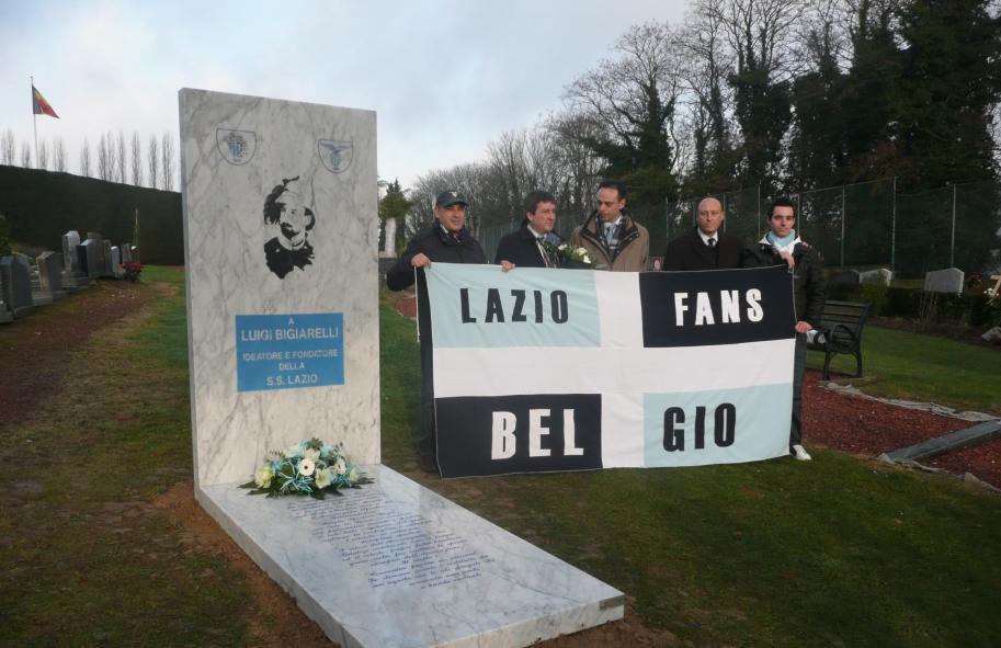 Zondag 19 juli 2015 – SS Lazio in Brussel om eer te bewijzen aan oprichter  Bigiarelli. – S.S. LAZIO – 9 GENNAIO 1900