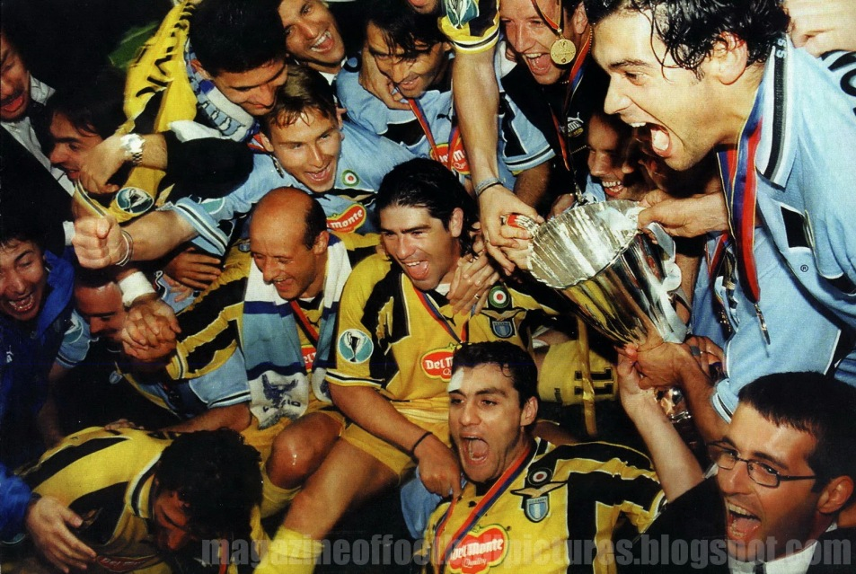 Magazine of football pictures: Cup Winners Cup
